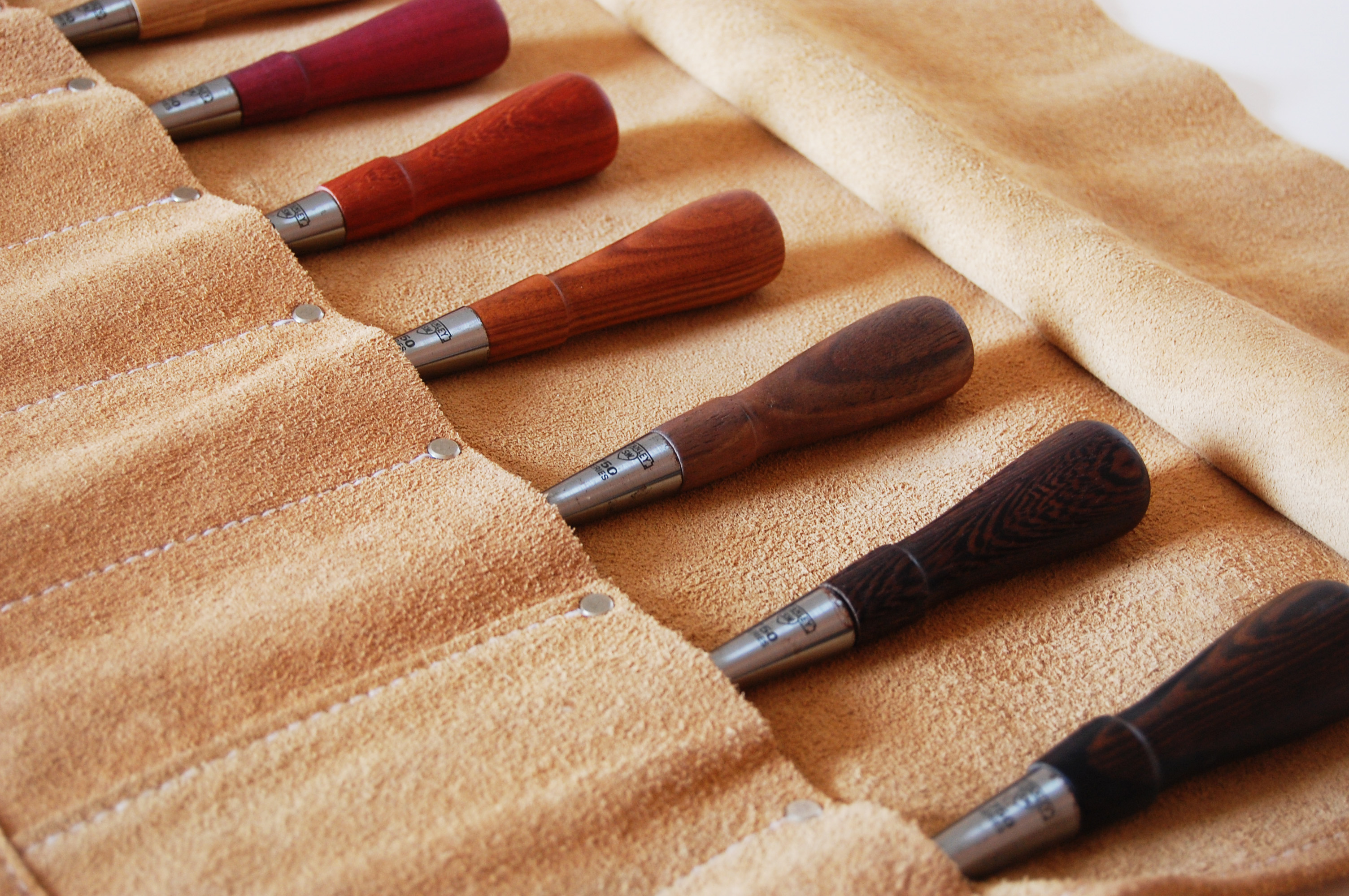 WOODEN CHISELS